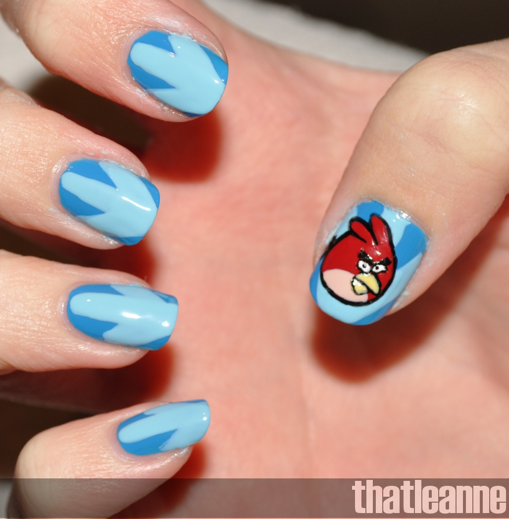 thatleanne: Angry Birds Nail Art feat. the birds!