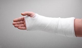 5 lesões esportivas que acometem a mão