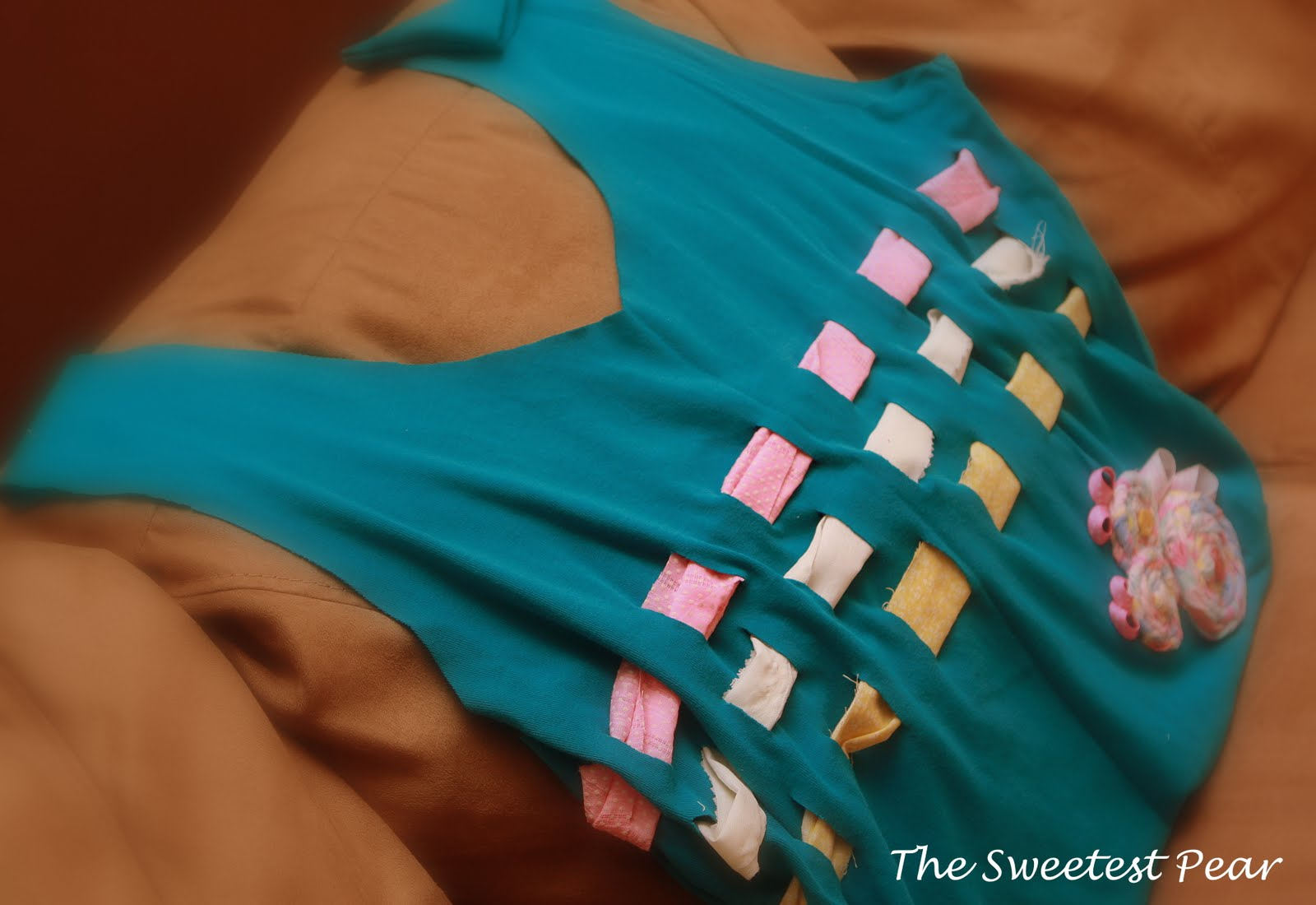 The sweetest pear t shirt tutorial 2 even better for Reusable t shirt bags