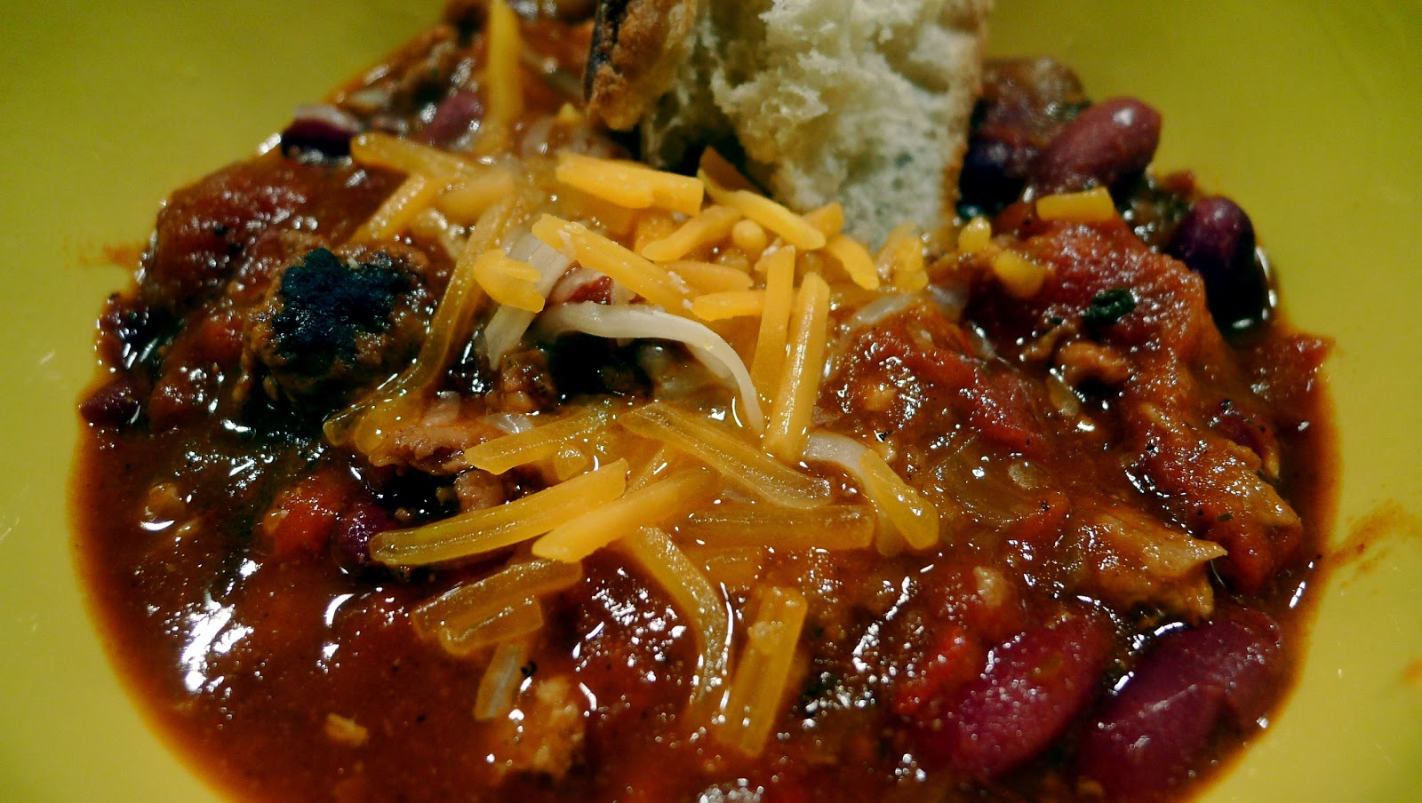 newFOOD tuesdayz: Chicken Apple and Andouille Sausage Chili