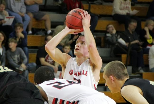 Grinnell's Jack Taylor scores 109 points, averaging 90 a game (VIDEO)