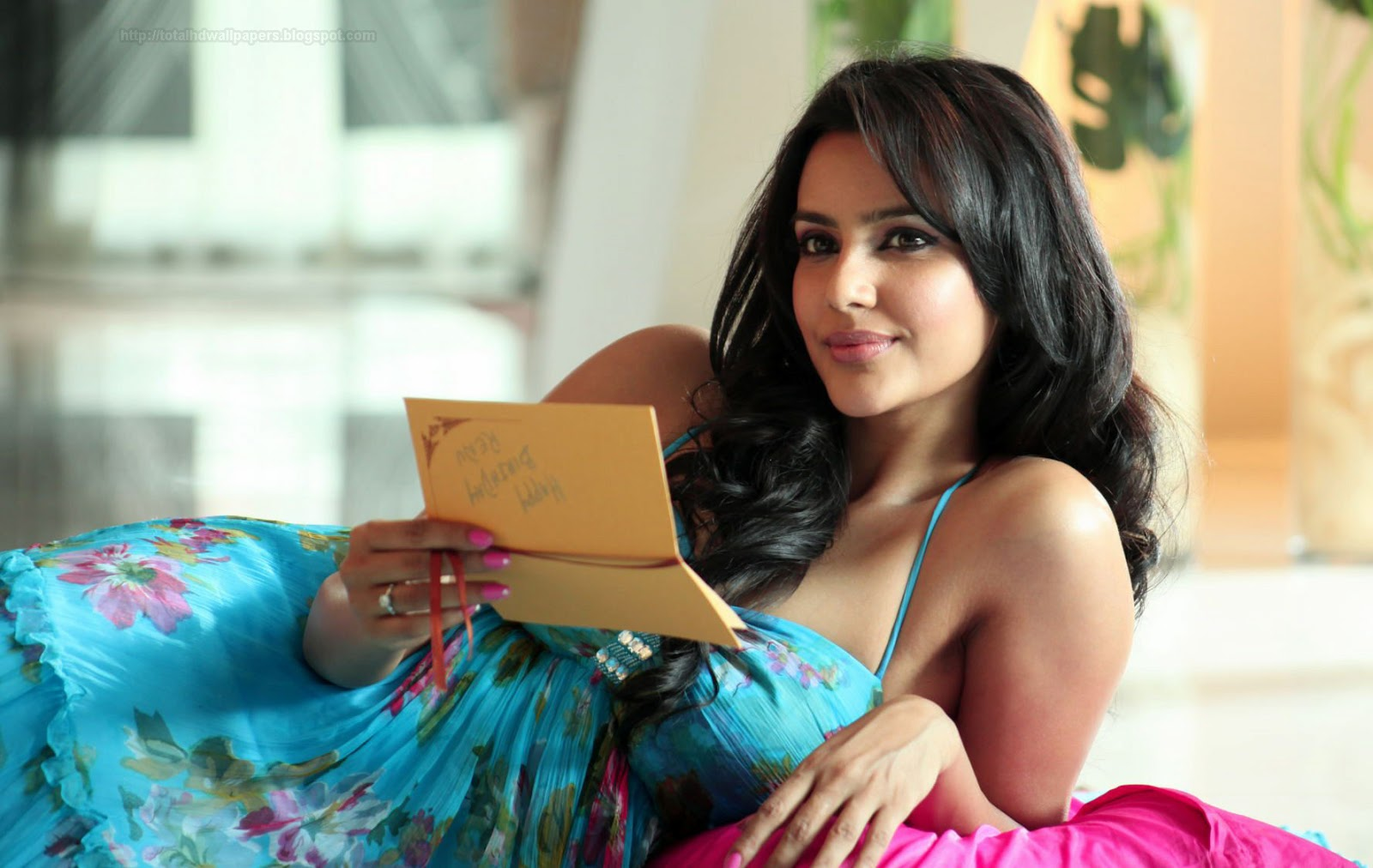 Priya Anand Hd Wallpapers Hd Pictures Wallpapers