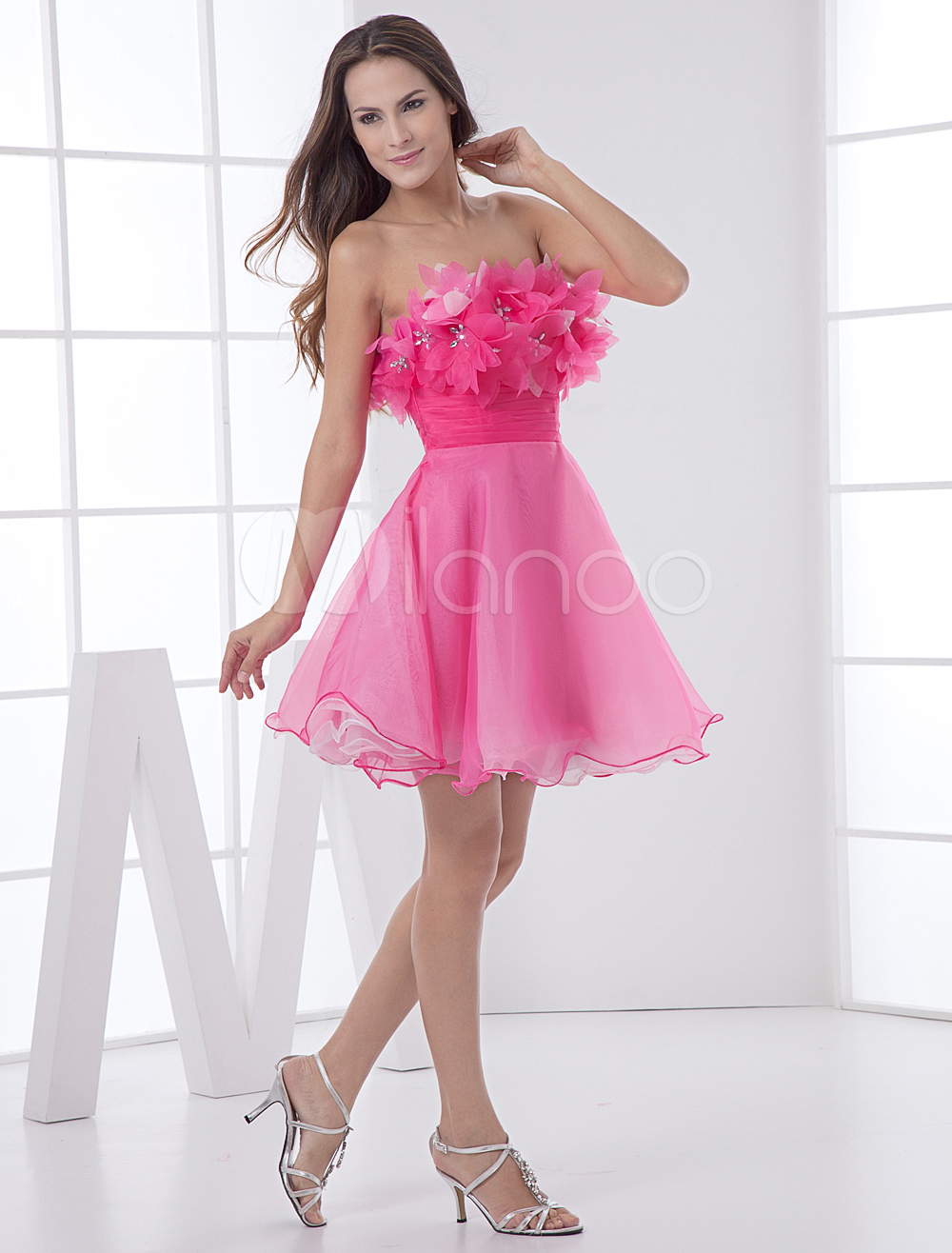 China Wholesale Clothes - Elegant Short Rose Red Strapless Tulle Womens Homecoming Dress