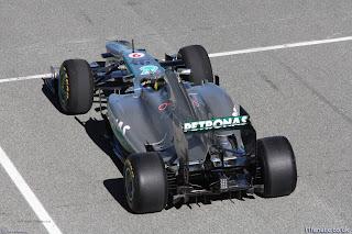 Foto-Mobil-Mercedes-W04-F1-2013_1