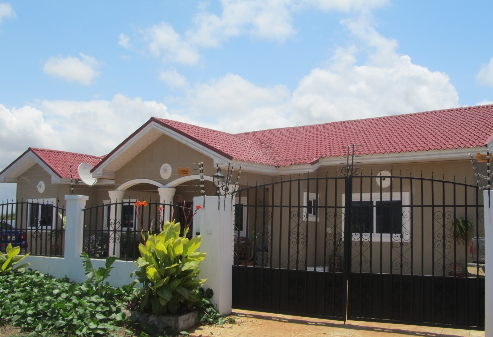 Sphynx affordable homes for sale accra ghana gated for Affordable house builders
