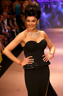 Sushmita Sen Sizzling look at IIJW-2012