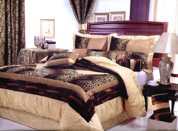 Burlesque gallery and interior design for Burlesque bedroom ideas