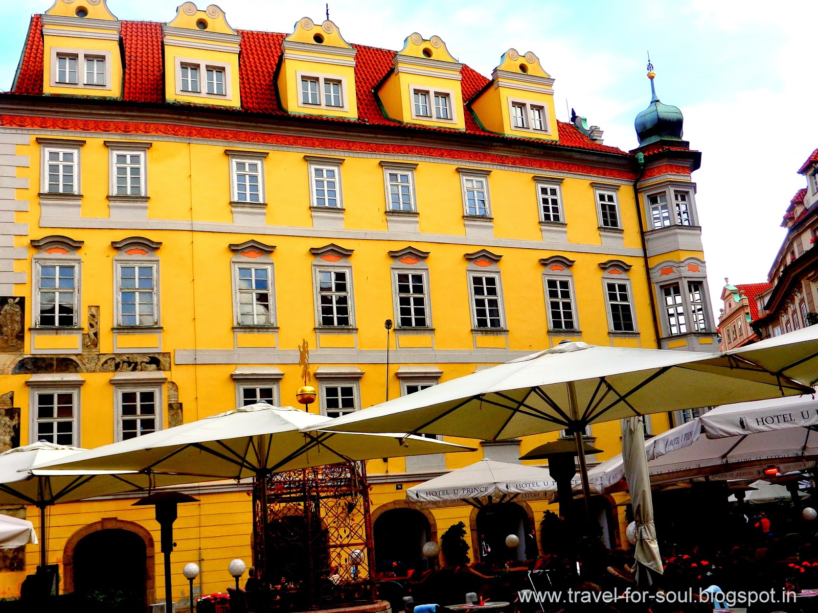 Open air Eateries, Old Town, Prague
