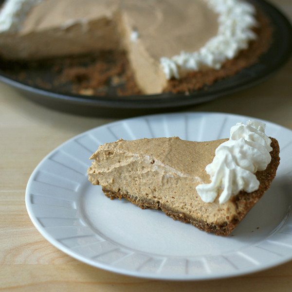 Cookistry: Pumpkin Cream Pie (with a no-cook filling!)