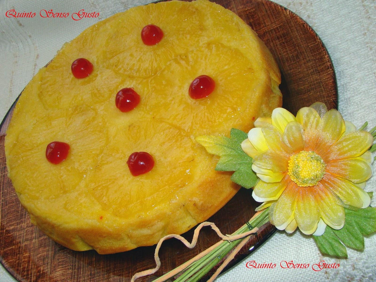 torta all'ananas aromatizzata allo zafferano