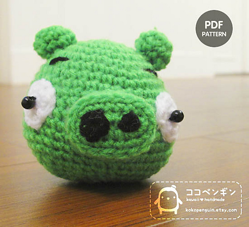 2000 Free Amigurumi Patterns: Angry Bird The Green Pig crochet pattern