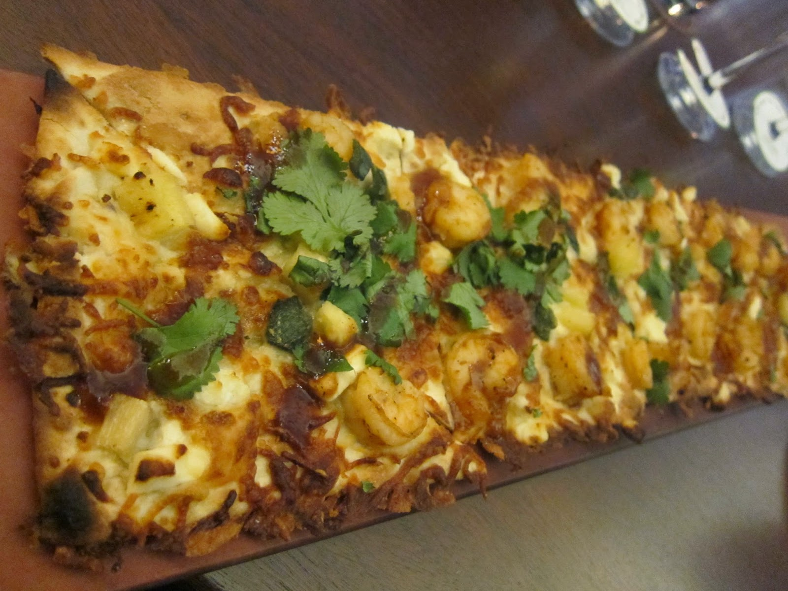 Spicy Chipotle Shrimp Flatbread at Seasons 52 | The Economical Eater