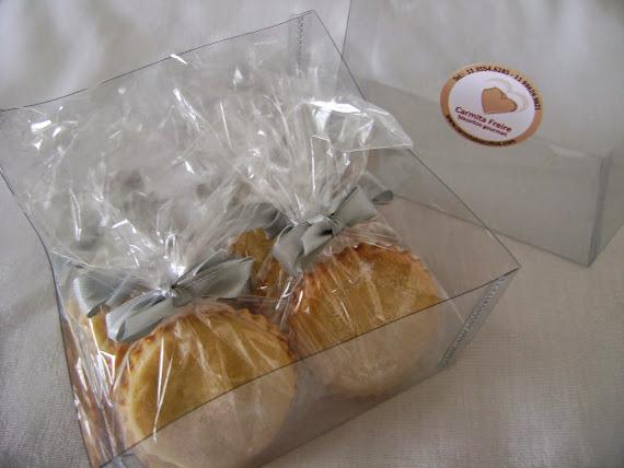 biscoitos com amaretto  embalado um a um !