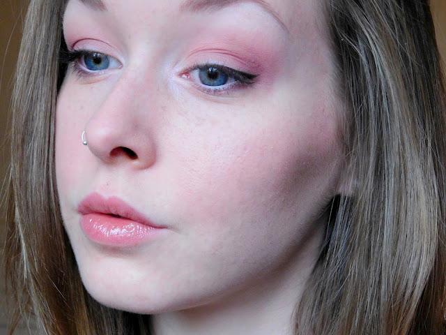 Maquillage De Saint Valentin Avec Elissance Ausseanne
