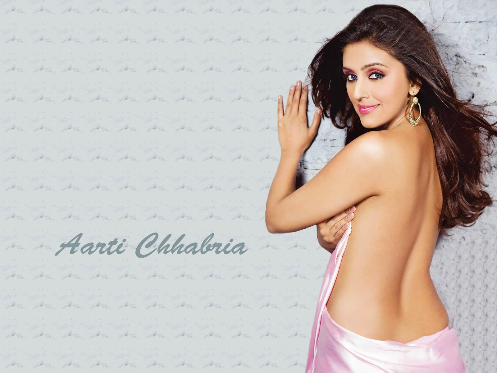 Fashion fantasist bollywood actress aarti chhabria in hot clothes bollywood actress aarti chhabria in hot clothes altavistaventures Gallery
