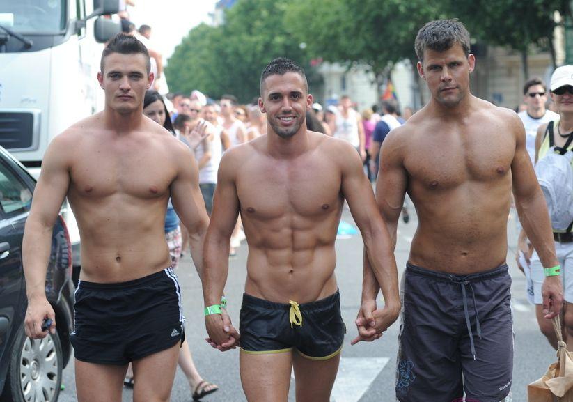 galerias gratis de chicos desnudos:
