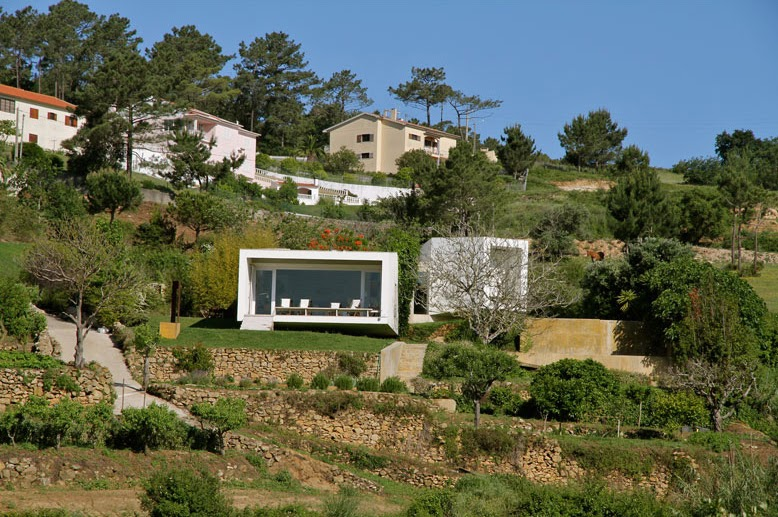 Neocribs Modern Single Family House Design House In Romeirao