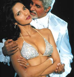 Katrina hot with Amitabh in Boom