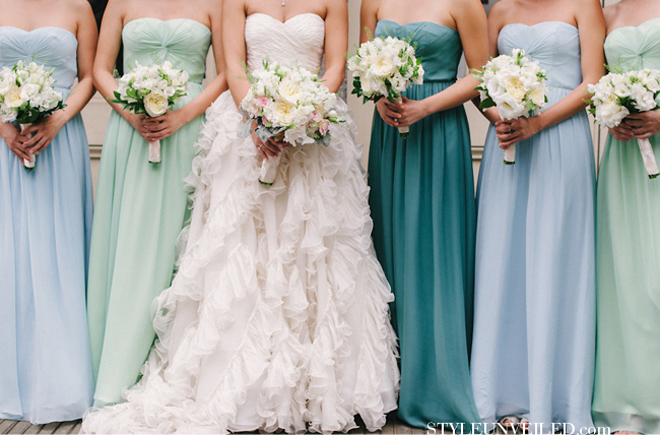 The secrets of successful mismatched bridesmaids 3 0 for Different colored wedding dresses