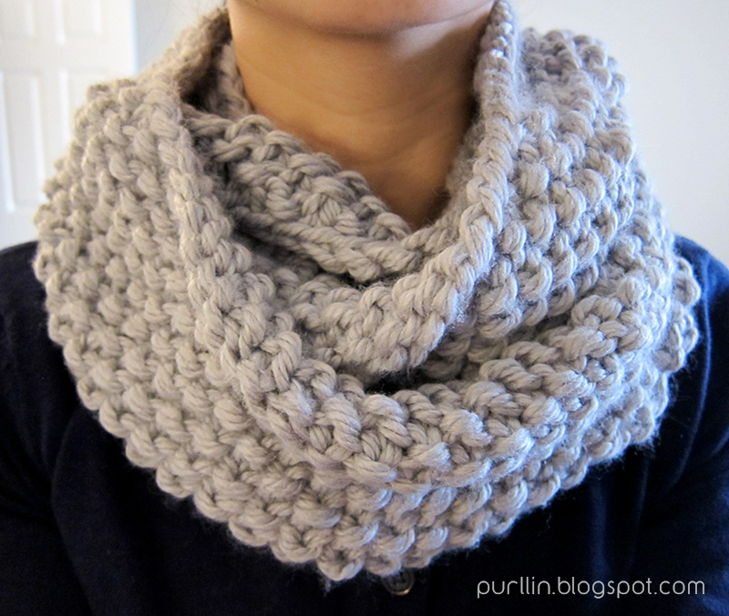 Fairisle Knitting Patterns : Purllin: December Seed Stitch Infinity Circle Scarf [ free knitting pattern ]