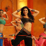 Shruthi Hassan - Latest Hot Pics from Balupu