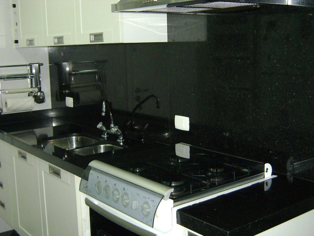 Bancada de Cozinha em Verde Ubatuba #637853 1024x768 Bancada Banheiro Verde Ubatuba