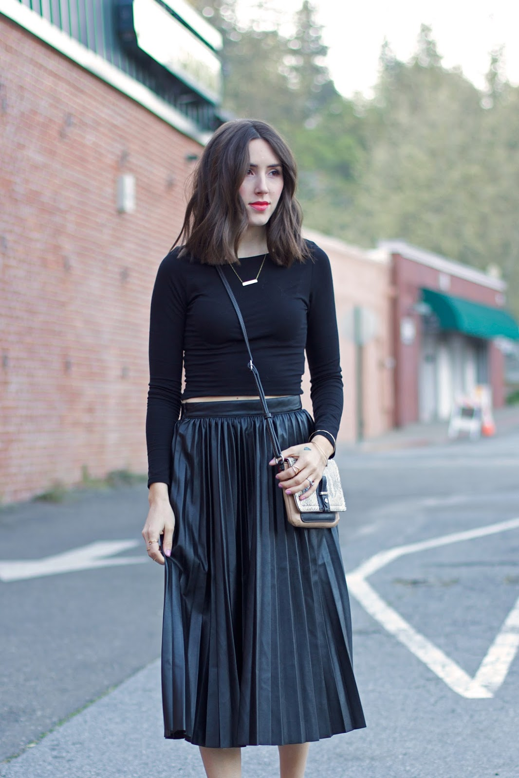 black-leather-pleated-midi-skirt