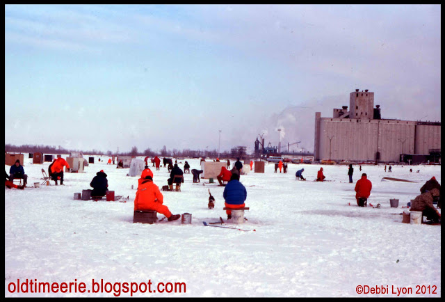 Old time erie ice fishing in erie pa bay in 1978 for Lake erie ice fishing