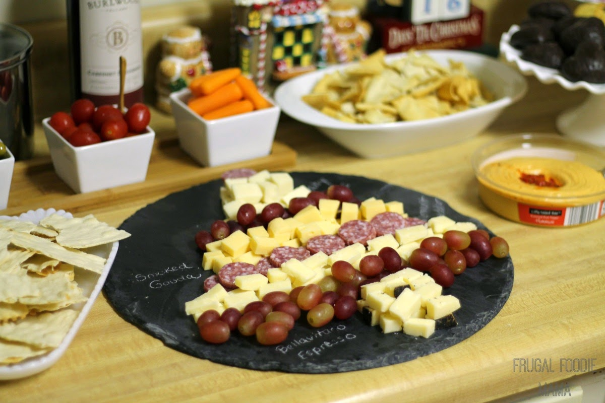 How to Create a Holiday Cheese Platter + tips and ideas for hosting a budget friendly wine tasting party #ALDIPairings