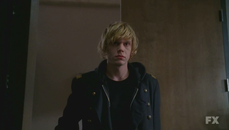Thane Nathrach Evan+Peters+as+Tate+Langdon+on+American+Horror+Story+S01E10+22