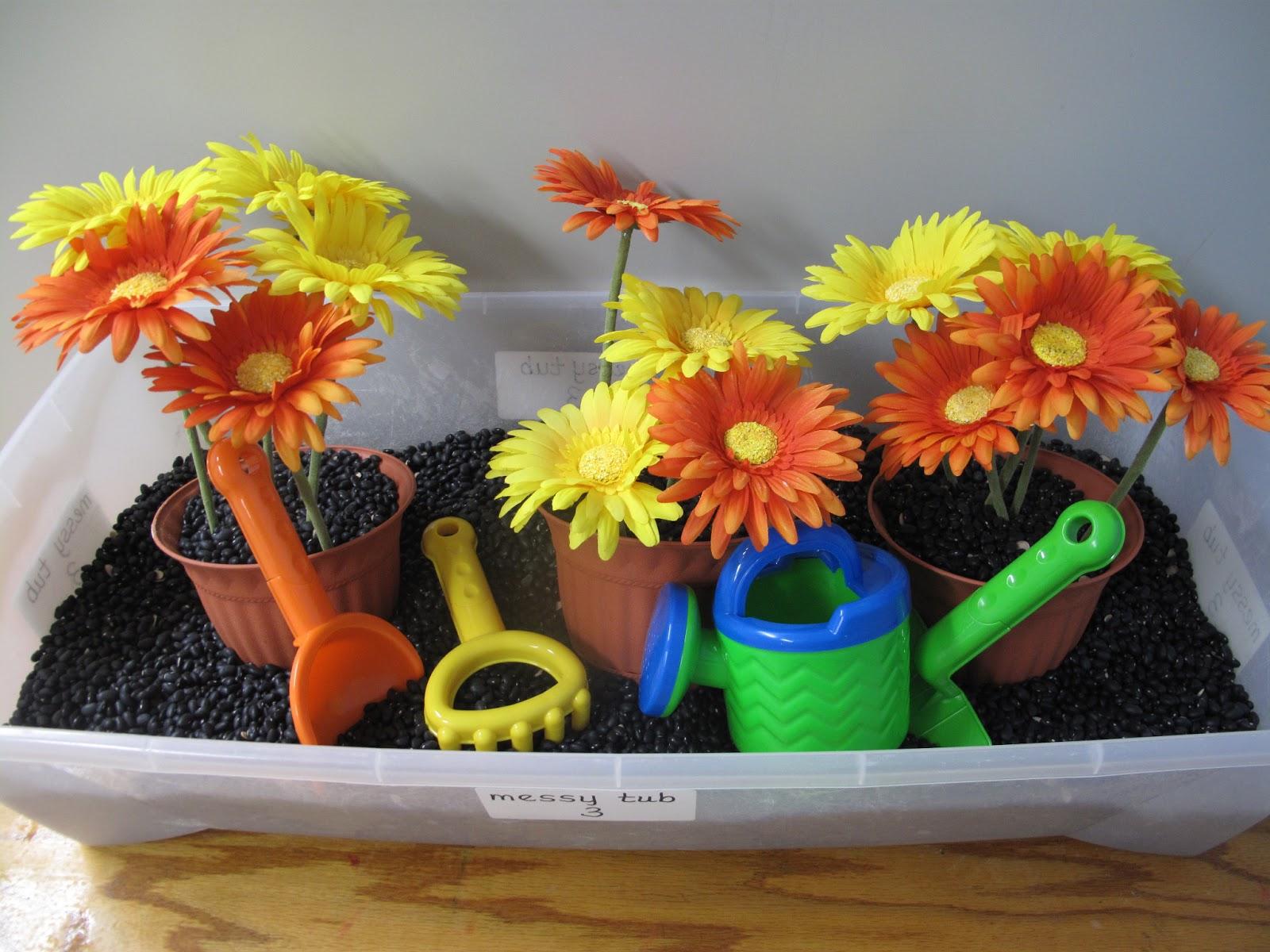Metamora community preschool how does your garden grow for Gardening tools preschool