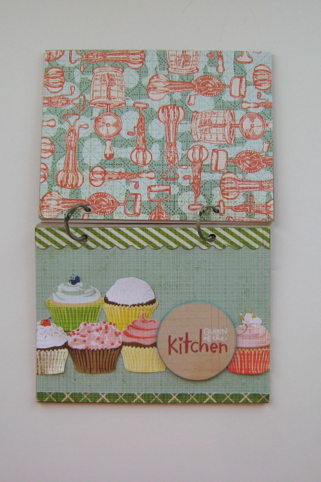 How to scrapbook a recipe book -  Covers For My Book The Most Time Consuming Part Of This Project Was Hand Cutting The Cupcakes From The Bg Patterned Paper You Could Always Use