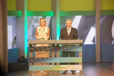 Anita Paschkes e Flavio Prado apresentam o 12º Troféu Mesa Redonda  Foto: Beatriz Vecchi