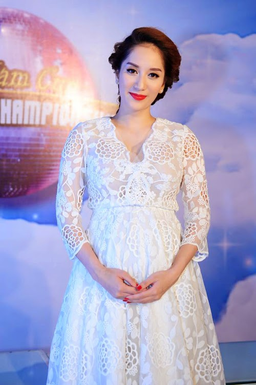 Khanh Thi Model at is pregnant