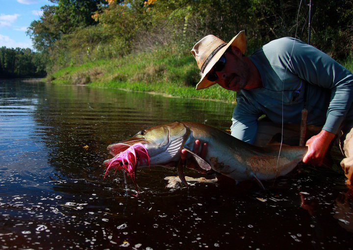 Drew price fly fishing friday angler interview brad bohen for Musky fly fishing