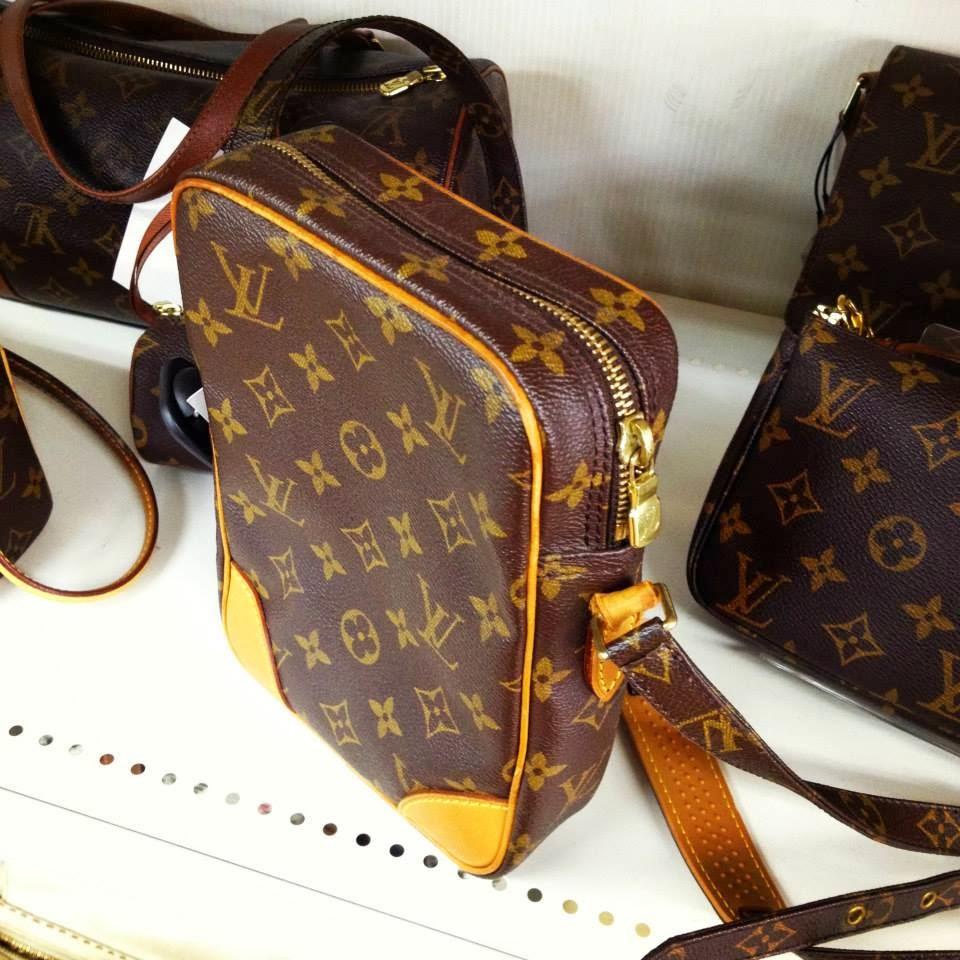Perfect Louis Vuitton Mens Sling Bags Black L32116  Polyvore