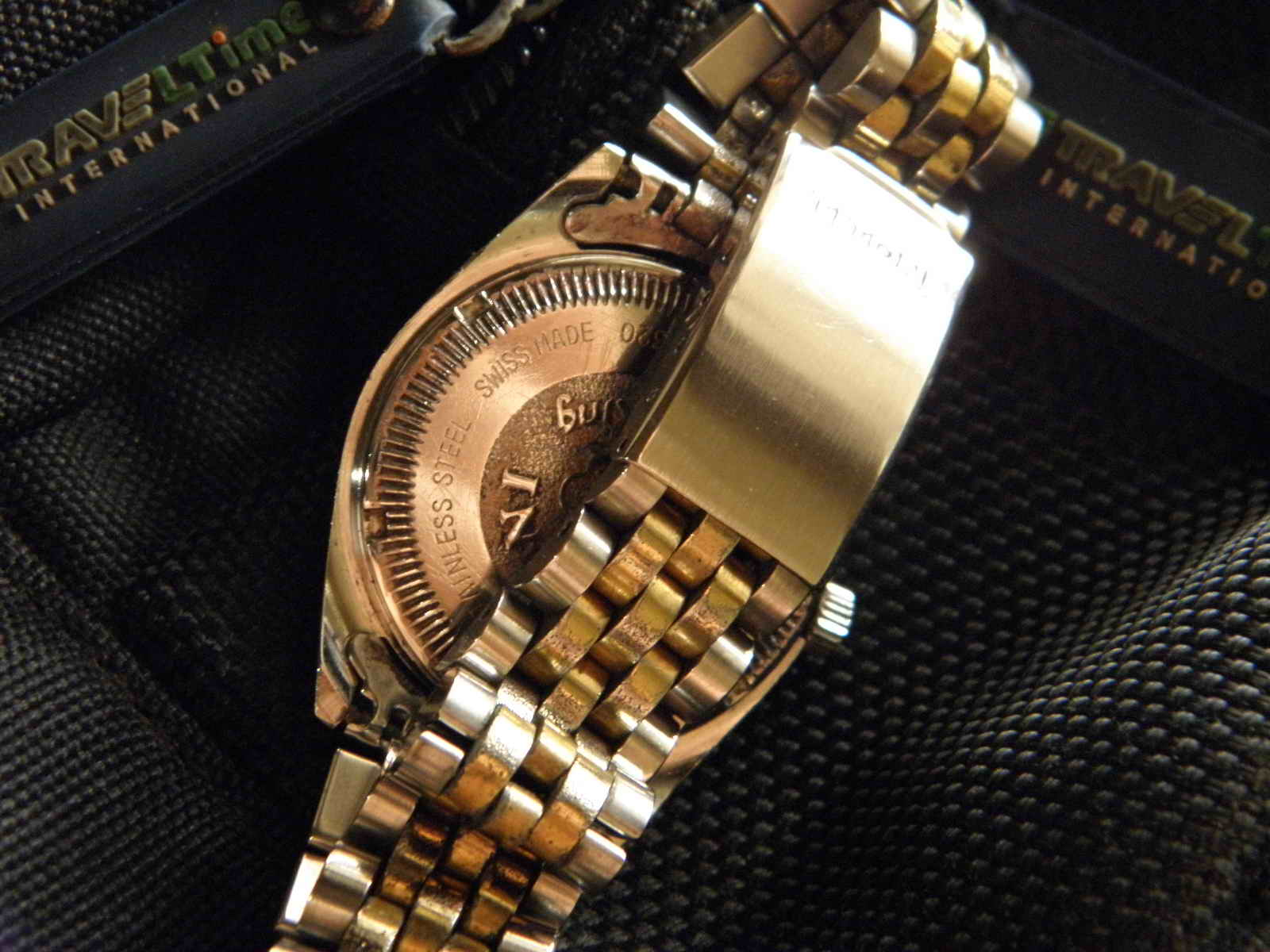 Kiosku Sold Titoni Cosmo King Boy Size Rolex Gmt Kombinasi Swiss Mesin 2838 2 Movement Automatic Made 25 Jewels Dia 33 Mm W C Dial Putih Dengan Index Diamond Sintetis Dan Angka Romawi Case Bracelet Two Tone