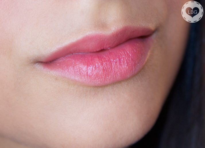 Christmas Challenge: 30 Lipsticks in 30 Days #18 Laura Mercier Lip Colour Creme Coral