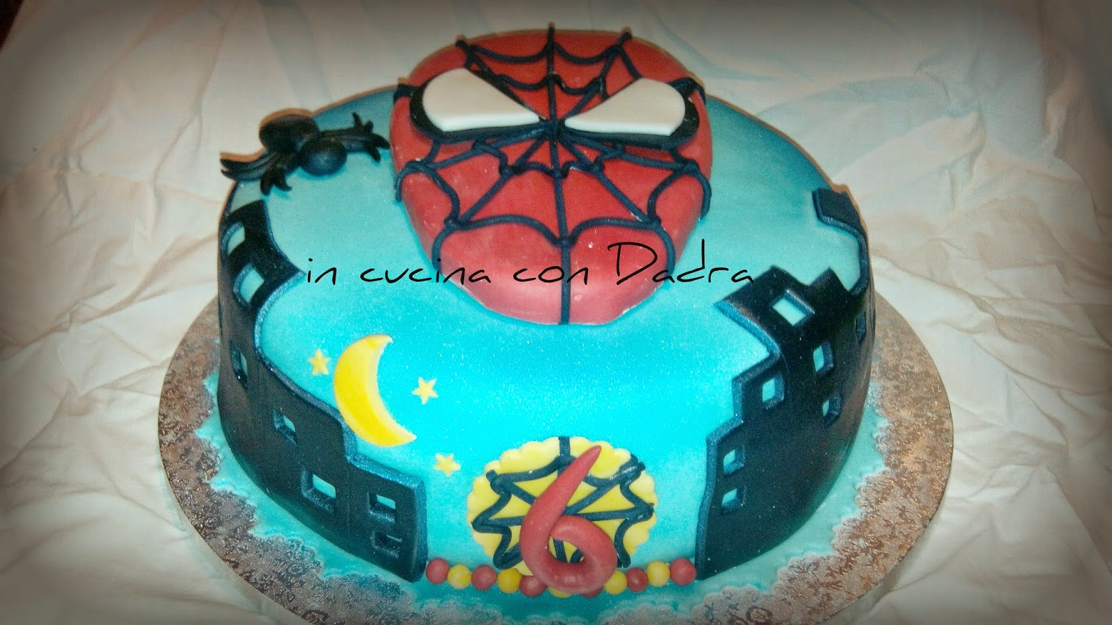 torta spiderman per salvo...