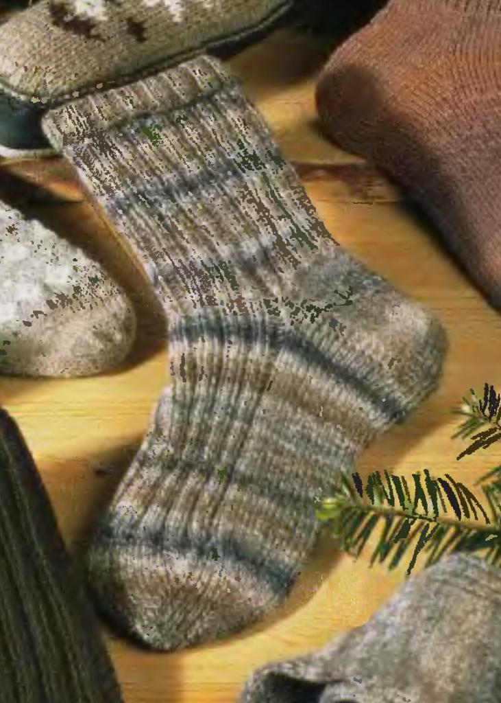 Вязание спицами. Вязаные носки