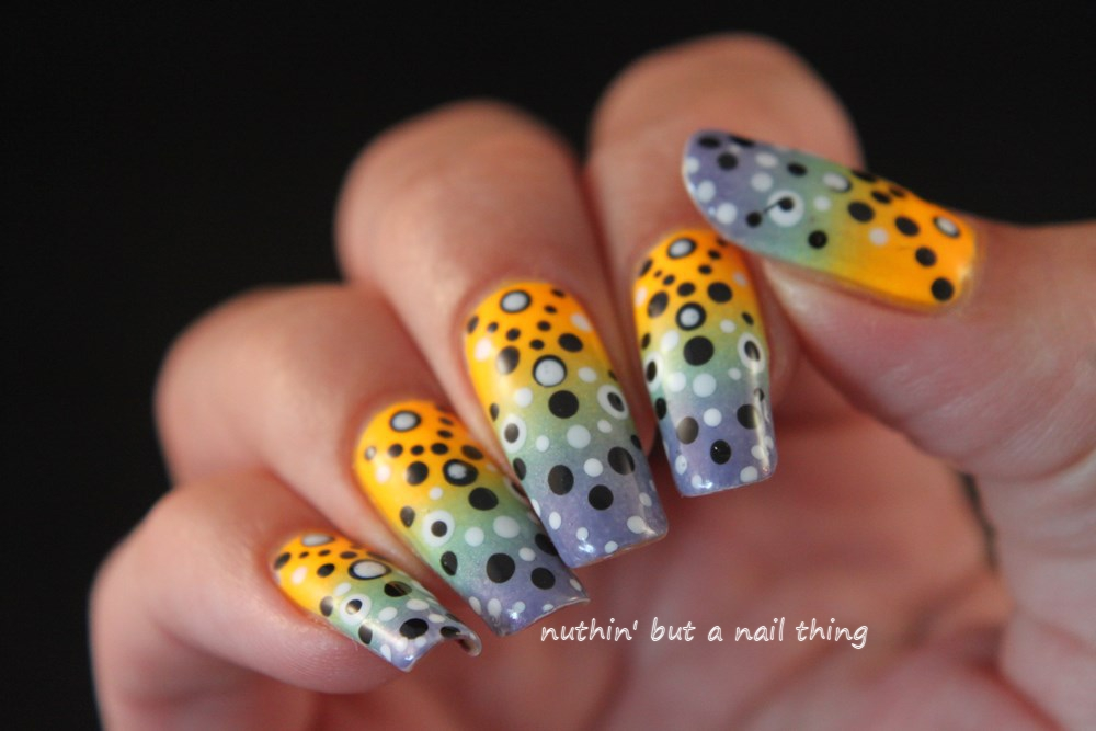 polka dot gradient nail art