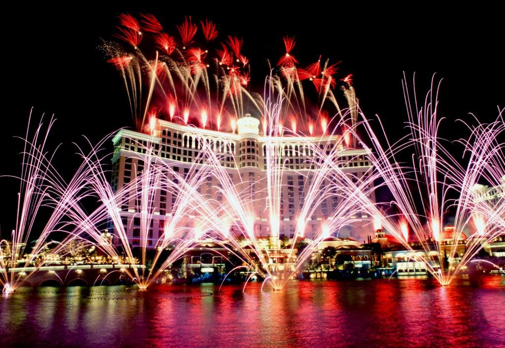 20132014 christmas in las vegas events and vacation packages christmas in las