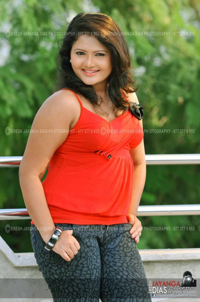 Ameesha Kavindi leggings