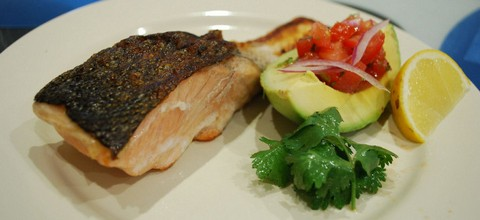 Grilled Salmon with Tomato Salsa and Avocado