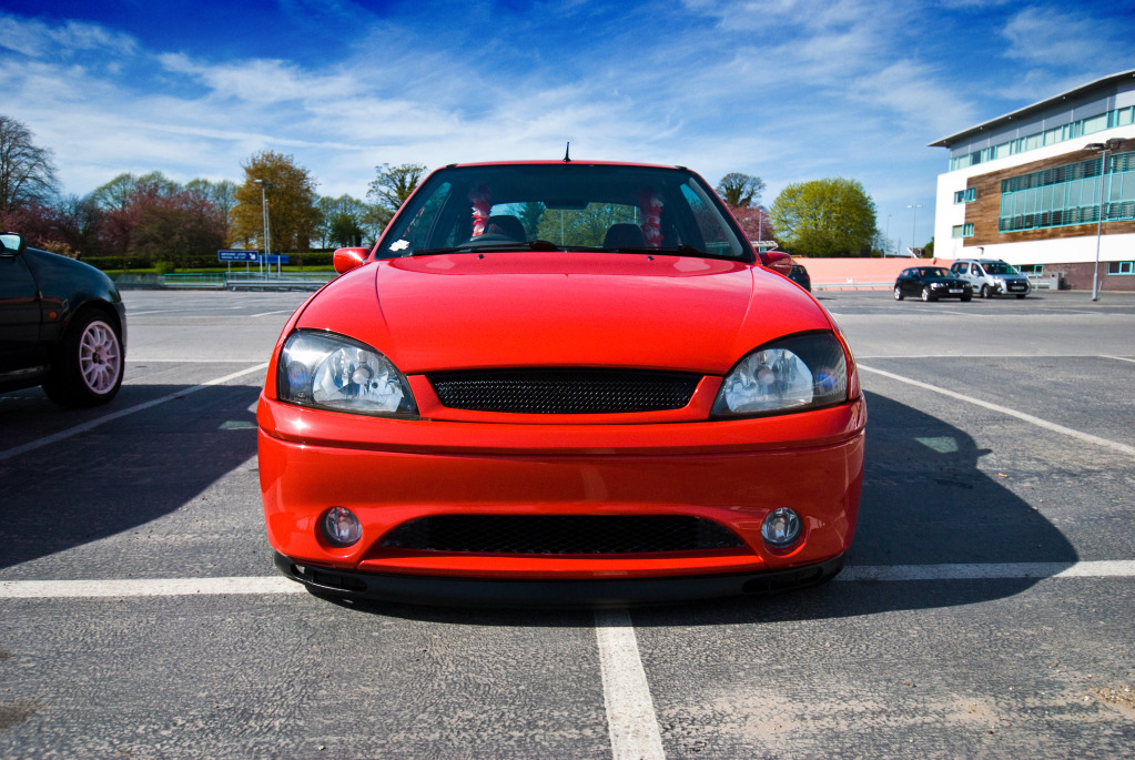 Slammed Ford Fiesta