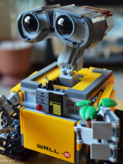 lego wall-e: the finished model