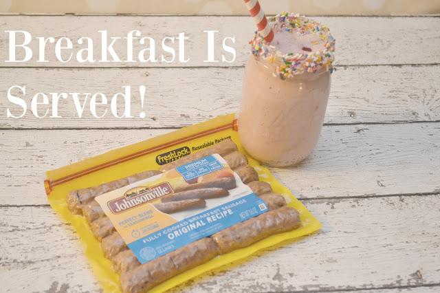 Banana Split Smoothie, easy breakfast ideas, Banana Split Milk Shake.