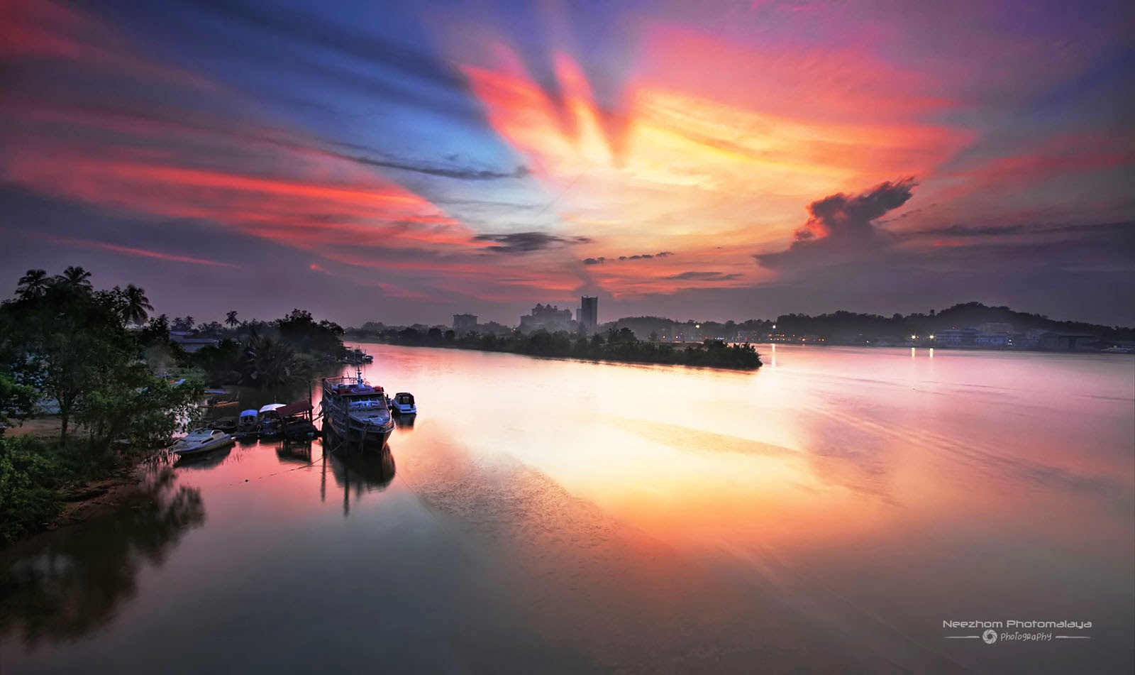 Sunrise from Sultan Mahmud bridge