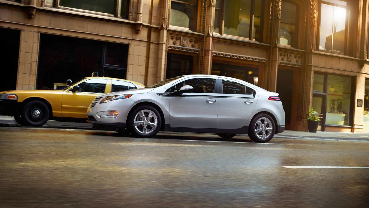 Chevy Volt Earns Top Safety Pick + Rating