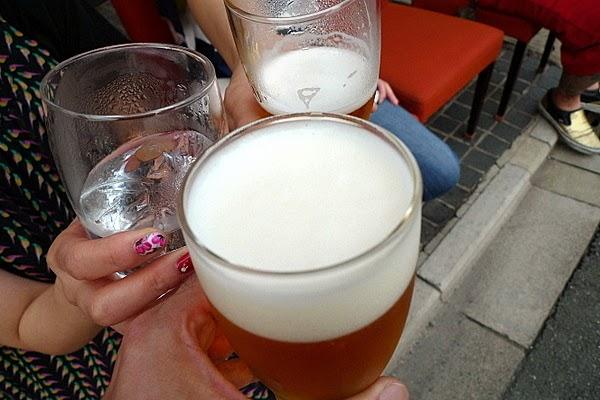 四条大宮「スピナーズ」でまずは生ビールを一杯